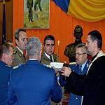 """FOTO - Ceremonie la comandamentul Diviziei 2 Infanterie """"Getica""""  in memoria militarilor decedati in accidentul aviatic din judetul Sibiu"""